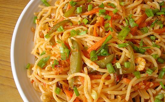 Sechzwan Noodles Veg