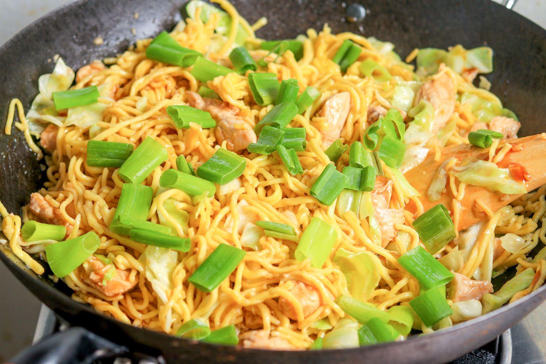 Shanghai Noodles Egg